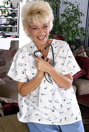 MILF Doctor Porn Pictures