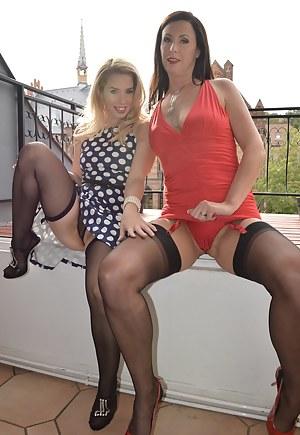 British MILF Porn Pictures
