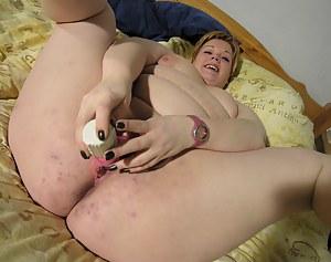 Fat Ass MILF Porn Pictures